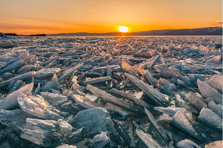 Фото №1 - Лед на Байкале