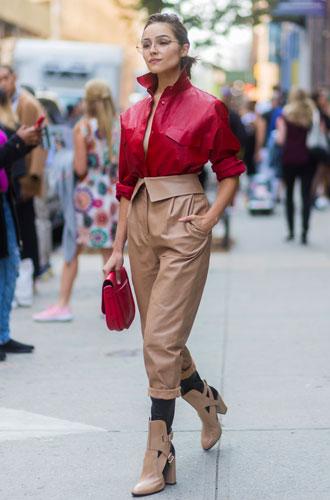 Фото №3 - От алого до бордо: как носить красный цвет повседневно