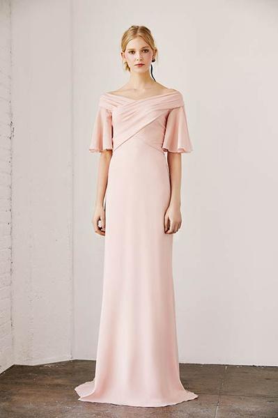 Фото №5 - Свадебная мода: выбираем платье для девушек с формами