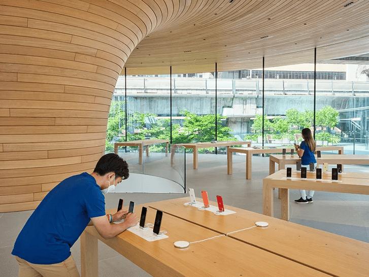 Фото №3 - Новый бутик Apple Store в Бангкоке: проект Foster + Partners
