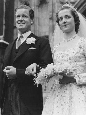 Фото №7 - Символ несчастливого брака: все, что нужно знать о фамильной тиаре Спенсеров