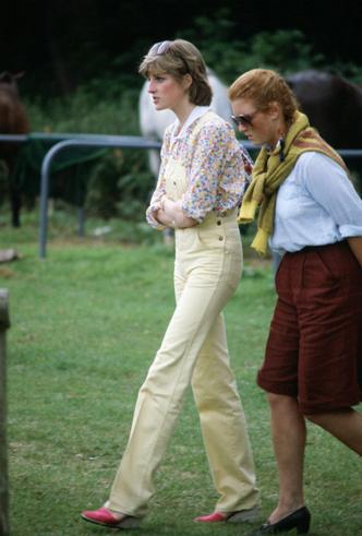 Фото №8 - Диана и Ферги Vs Меган и Кейт: «заклятые подруги» королевской семьи