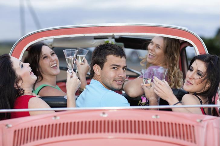 Фото №3 - 5 легальных способов получить удовольствие от длинной поездки за рулем