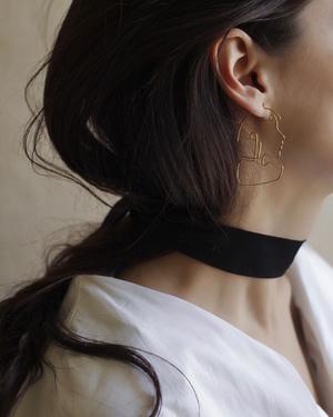 Фото №4 - Новые имена: ювелирные украшения и постеры Cara Alambre