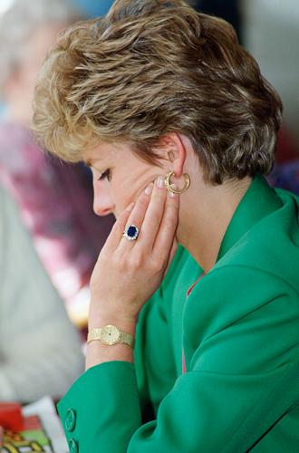 Фото №6 - История помолвочного кольца принцессы Дианы и Кейт Миддлтон