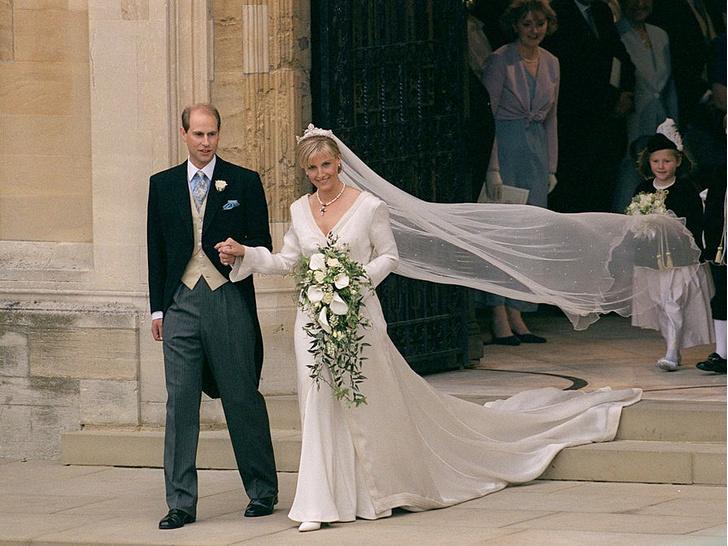Фото №3 - Невестки Ее Величества: почему Королева была с самого начала уверена в Софи (а в Диане и Саре Фергюсон— нет)