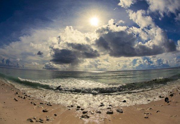Фото №1 - На Кирибати за солнечной короной