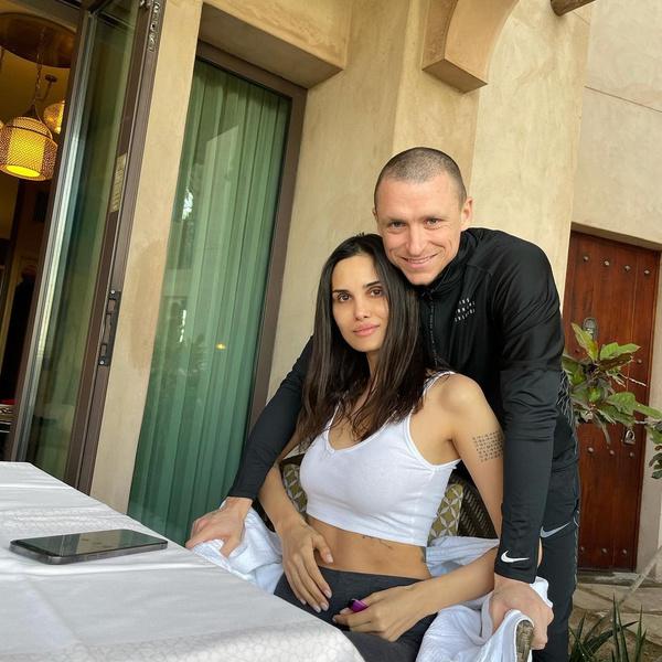 Алана Мамаева с мужем Павлом