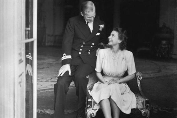Фото №3 - Королевская любовь длиною в жизнь: Елизавета II и Филипп