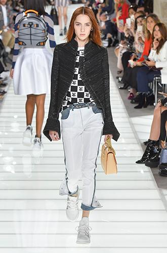 Фото №3 - По секрету: 10 неочевидных (пока) трендов Недели моды в Париже