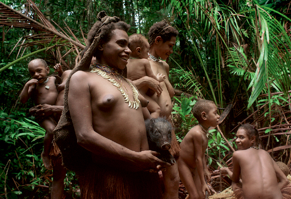 Фото №2 - Высшее общество: индонезийское племя короваи