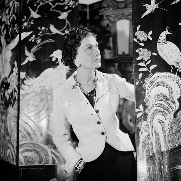 Фото №16 - 15 мыслей Коко Шанель о стиле и стильной женщине