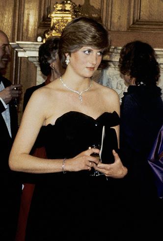 Фото №19 - Как Кейт Миддлтон вдохновляется стилем принцессы Дианы (и, главное, зачем?)