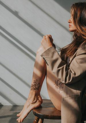 Фото №1 - Крупным планом: переводные татуировки от звездного мастера Саши Масюк
