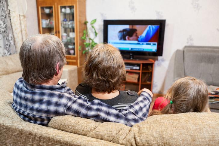 Фото №1 - Долгие просмотры телевизора увеличивают риск внезапной смерти