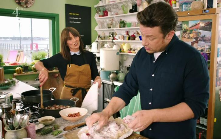 Фото №1 - 6 секретов Джейми Оливера, которые превратят любое блюдо в шедевр