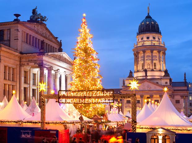 Фото №1 - Праздник к нам приходит: 12 лучших европейских рождественских ярмарок