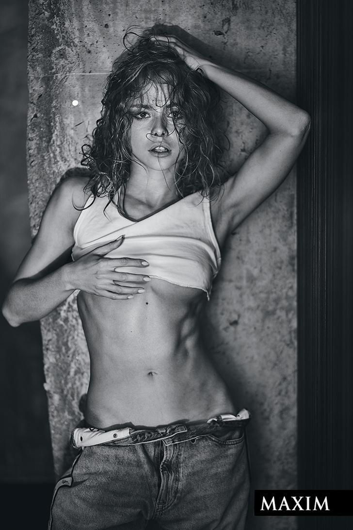 Фото №7 - А вот и он! Вестник «100 самых сексуальных женщин страны»: новый выпуск