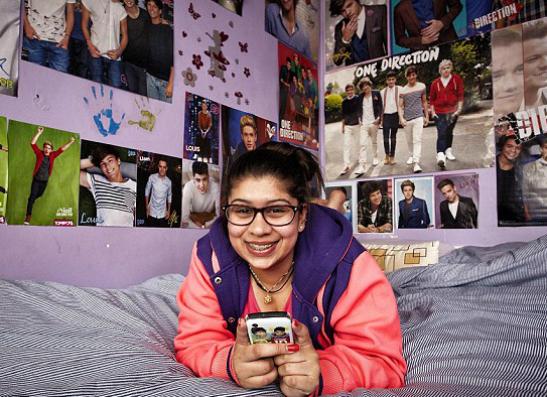 Фото №2 - Британское телевидение исследовало фанаток One Direction