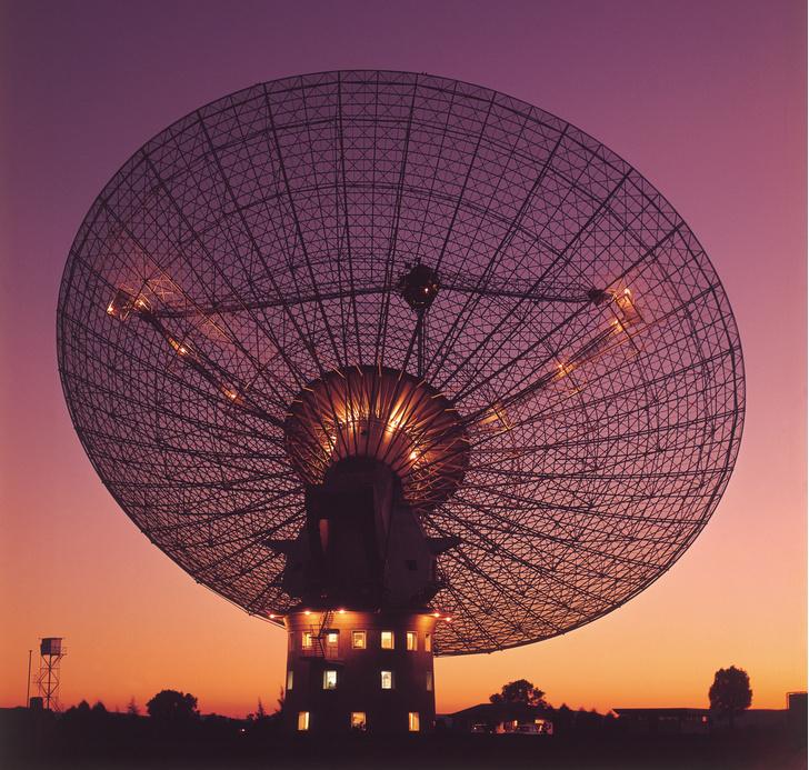 Фото №2 - Стивен Хокинг будет искать инопланетян на деньги русского бизнесмена