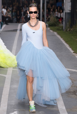 Фото №16 - Плиссе и круазе: как одежда балерин вновь вернулась в моду