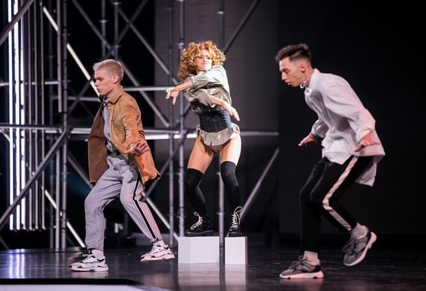 Фото №1 - Участница шоу «Танцы» Лера Бабаян: «Пришло время попробовать свои силы»