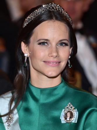 Фото №10 - Принцесса из сказки: самые эффектные выходы Софии Шведской в тиарах