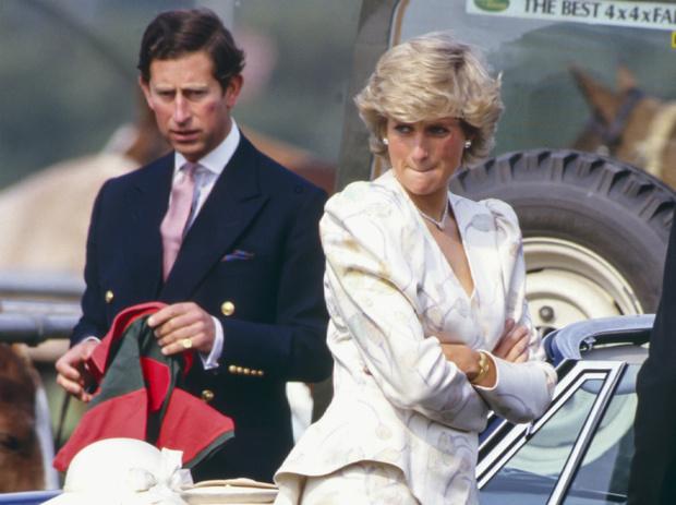 Фото №1 - Принцесса провокаций: как Диана заставила Чарльза потерять самообладание