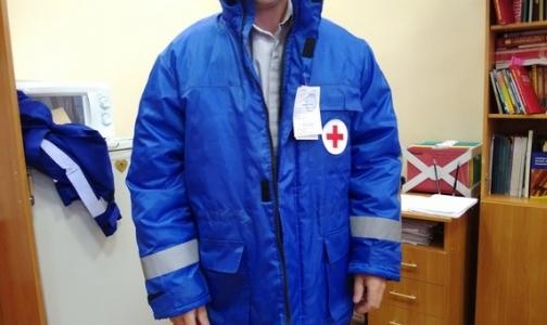 Фото №1 - Водителей петербургской «Скорой» переоденут в новую форму