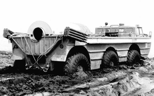 Фото №1 - ПЭУ-1Р— советский вездеход с реактивным двигателем от самолета