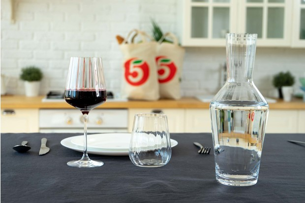 Фото №1 - Советы профессионала: как создать ресторанную атмосферу дома
