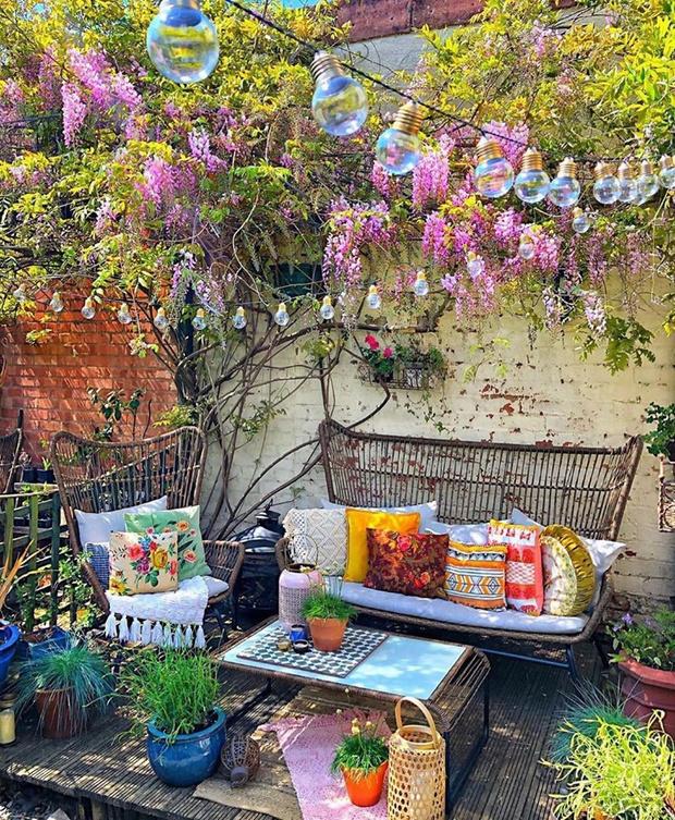 Фото №11 - Да будет цвет: 10 идей декорирования террасы