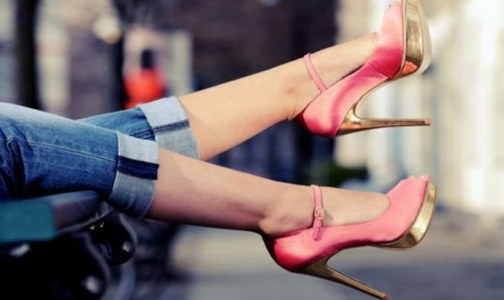 Фото №1 - Чем опасны для здоровья высокие каблуки