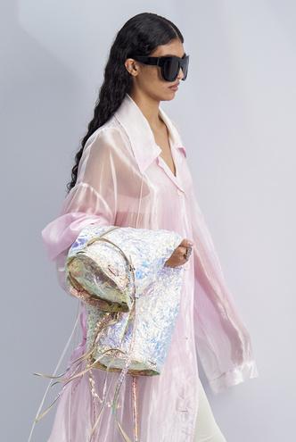 Фото №2 - Хит сезона: 5 способов носить прозрачные вещи и не выглядеть вульгарно