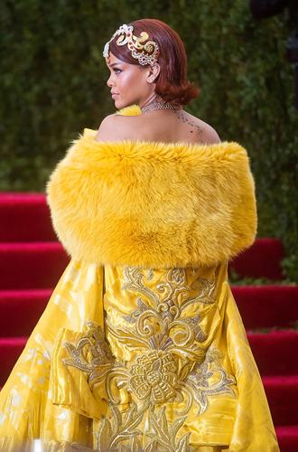 Фото №19 - История Met Gala: самые знаменитые наряды бала Института костюма