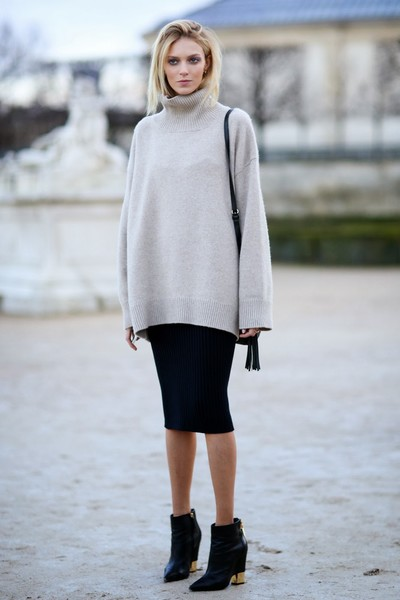 Аня Рубик на Неделе моды в Париже
