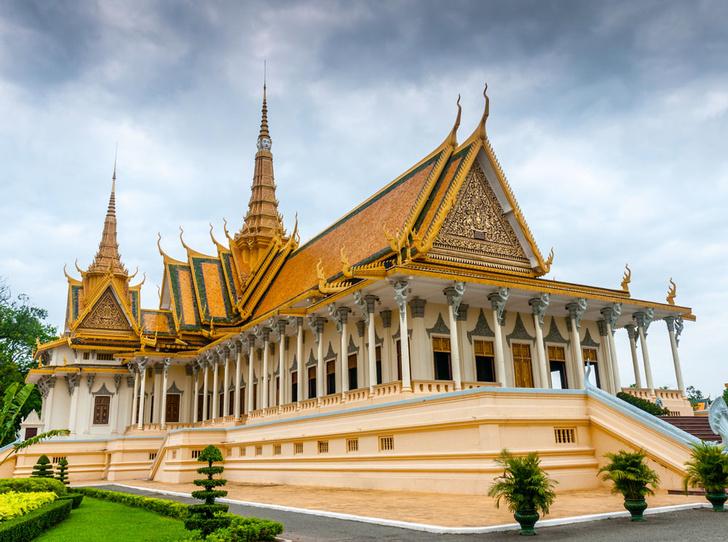 Фото №7 - Самые красивые королевские дома по всему миру
