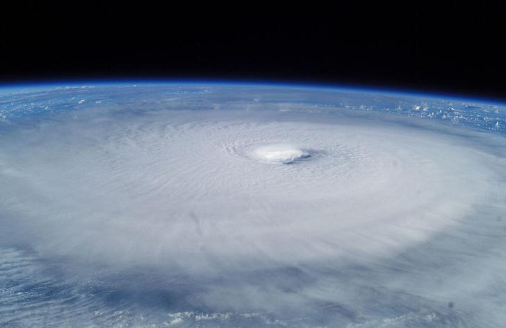Фото №2 - Глаз бури: 7 удивительных фактов о тропических циклонах