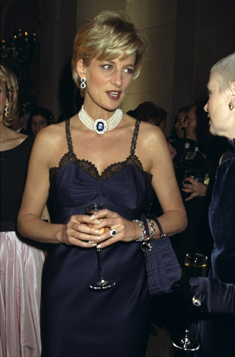 Фото №19 - Леди Диана и Lady Dior: история любви принцессы и сумки