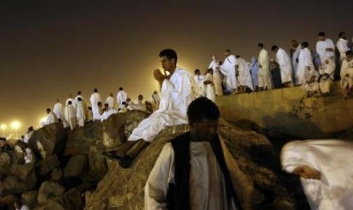 Фото №1 - В месте паломничества российских мусульман обнаружен новый вирус, схожий с атипичной пневмонией