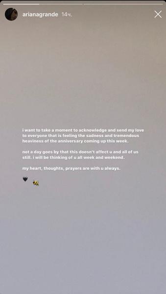 Фото №1 - Трагическая годовщина: Ариана Гранде почтила память всех пострадавших в теракте в Манчестере