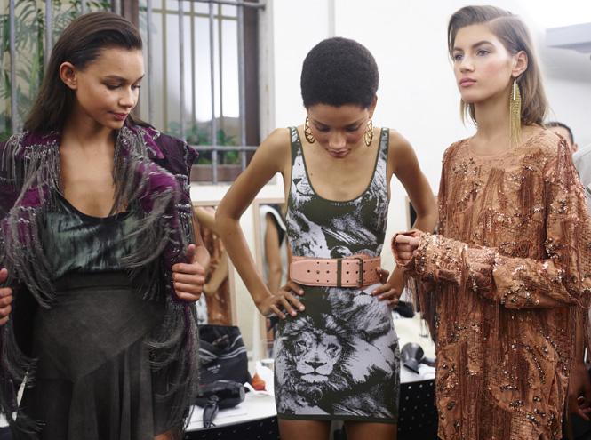 Фото №6 - Неделя моды в Милане: Versace, Roberto Cavalli, DSquared2