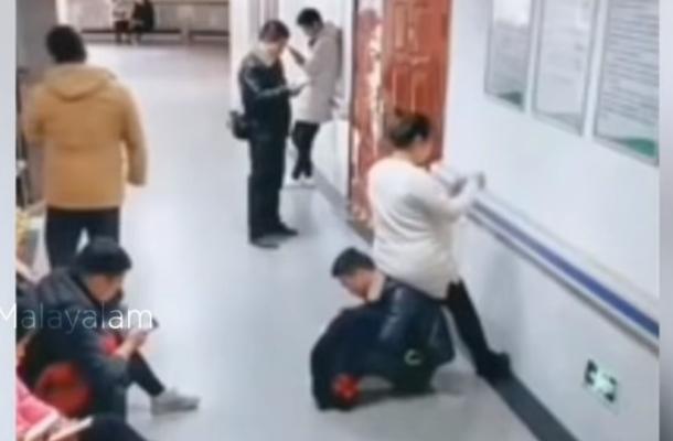 Фото №1 - Очень заботливый муж стал стулом для своей жены (видео)
