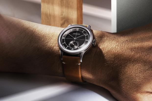 Фото №2 - Новая версия часов Longines Heritage Classic с секторным циферблатом, вдохновленная стилем 1930-х годов