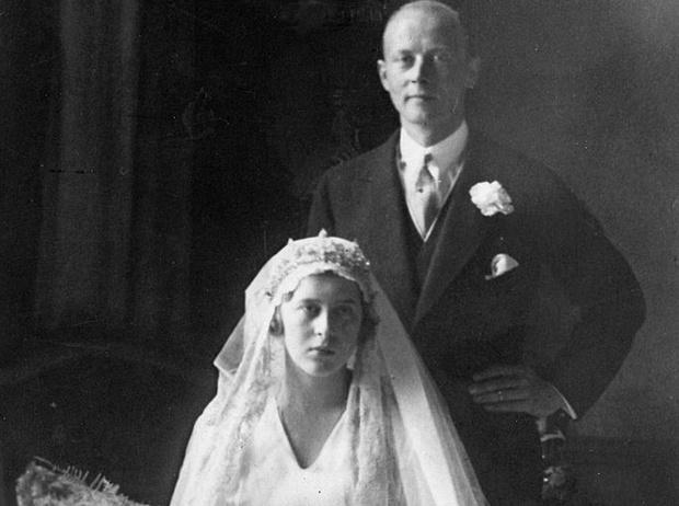 Фото №11 - Связи с нацистами и дурная репутация: как сестры принца Филиппа стали темной тайной Короны