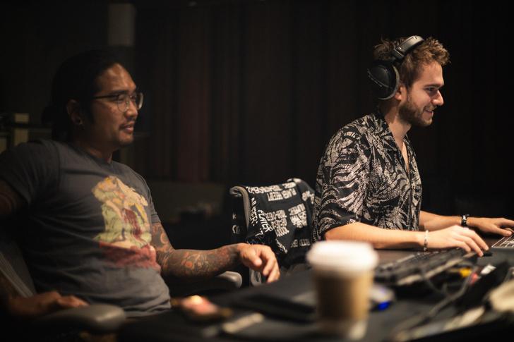 Фото №11 - Коллаб с BLACKPINK, треки для VALORANT и «Грэмми»: интервью c диджеем Zedd