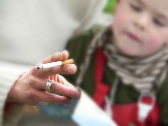 Фото №1 - Дети не хотят, чтобы родители курили