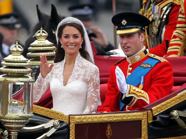 Фото №7 - Переволновался: принц Уильям и его странный юмор у алтаря