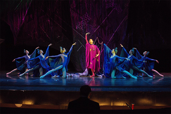 Фото №1 - Балет «Синяя птица» в Театре Н. Сац