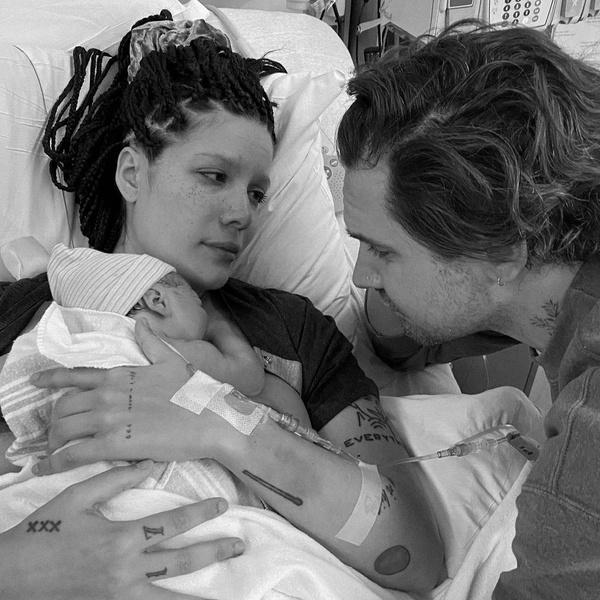 Фото №4 - Мамочка снова в Cети: Холзи наконец-то показала своего сына 😍